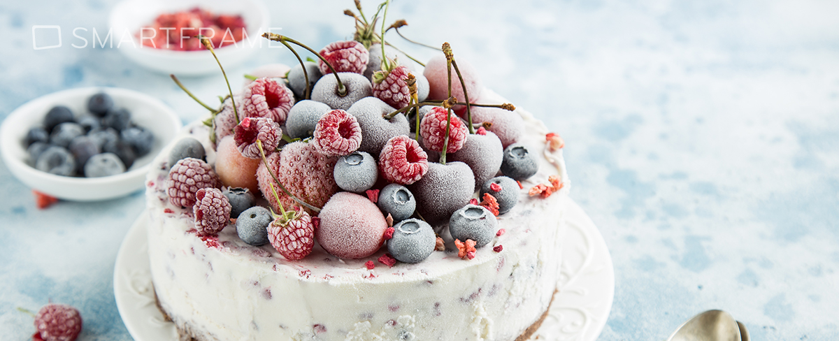 Ice Cream Cake with frozen berries. Image: Anna Shepulova / Shutterstock.com
